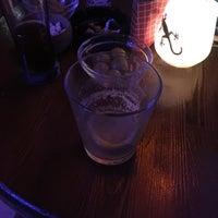 8/23/2018 tarihinde Burcuziyaretçi tarafından Gekko Coctail & Whisky'de çekilen fotoğraf