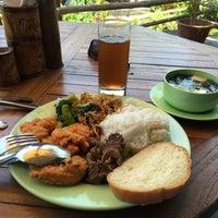 Photo taken at Uma Restaurant by Seung-kyu P. on 10/18/2015