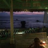 Foto scattata a Le Pirate Eat Club & Bar da Kristina B. il 11/10/2014