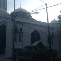Photo taken at Masjid Asra Albakrie by Riska s. on 2/16/2013
