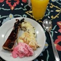 Photo taken at Nutri Vida Restaurante by Stefan R. on 4/20/2015