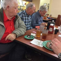 Photo taken at Golden Corral by H Paul S. on 3/10/2017