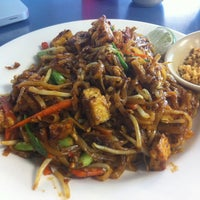 Photo taken at Thai Kitchen Cafe by Valerie B. on 5/10/2013