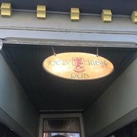 Photo prise au Joe's Irish Bar par Jeremiah J. le3/5/2017