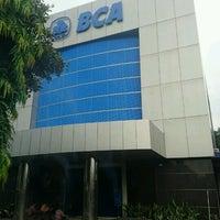 Photo taken at Bank BCA by Dwiki S. on 9/18/2016