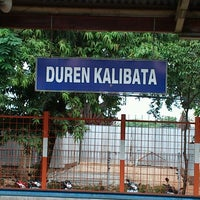 Photo taken at Stasiun Duren Kalibata by Dwiki S. on 10/25/2012