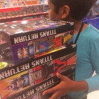 "Photo taken at Toys""R""Us by Y-Vonn T. on 9/27/2017"
