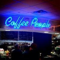 Photo prise au BookPeople Cafe par Ery D. le12/28/2013