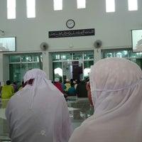 Photo taken at Masjid Al-Hijrah by Azna S. on 7/28/2014