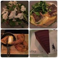 Photo prise au Sitka Restaurant par Toh S. le11/11/2016