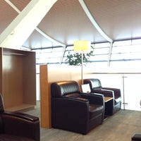 Photo taken at VIP Lounge at Pudong International Airport Terminal 2 by Stephen L. on 11/5/2013