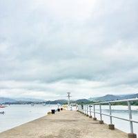 Photo taken at Tai Mei Tuk Water Sports Centre 大美督水上活動中心 by Josephine L. on 5/10/2014