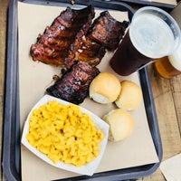Foto tomada en Pinche Gringo BBQ Warehouse por Diego E. el 7/14/2018
