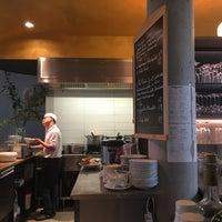 Das Foto wurde bei Cô Chu Vietnamese Gourmet von Amir F. am 9/6/2017 aufgenommen