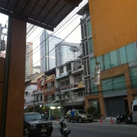 Photo taken at WE Bangkok Hostel by Ivan I. on 1/26/2013