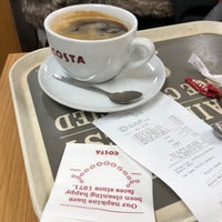Photo taken at Costa Coffee by Steve T. on 12/10/2017