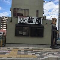 Photo taken at 薮庵 by Junichi S. on 11/12/2015