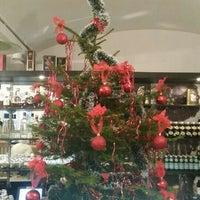 Foto scattata a APSHERON Restaurant da Laila G. il 12/25/2015
