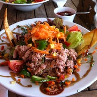 1/30/2013 tarihinde Yekbun K.ziyaretçi tarafından Sehil Cafe'de çekilen fotoğraf