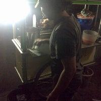Photo taken at Sate Madura Asli cak Didin ST by Dien Fredly A. on 3/7/2013