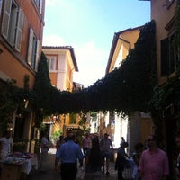 Photo taken at Rione XIII - Trastevere by Rossella M. on 9/22/2013