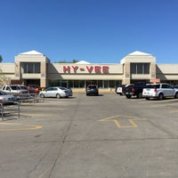 Photo taken at Hy-Vee by Nathan B. on 4/27/2015