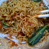 Photo taken at Indomie Abang Adek by Putri L. on 3/16/2013