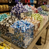 Photo taken at Lindt by Kino on 11/18/2016