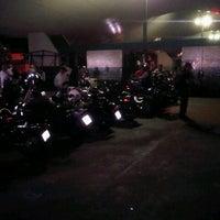Photo taken at Encontro Semanal de Motociclistas - 5ªs feiras. by Leandro A. on 5/9/2013