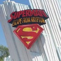 Снимок сделан в Superman: Escape From Krypton пользователем Tammara K. 8/1/2013