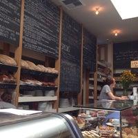 9/23/2013 tarihinde Sasha P.ziyaretçi tarafından Huckleberry Cafe & Bakery'de çekilen fotoğraf