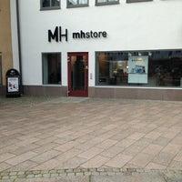 Photo taken at MacHuset AB / mhstore by Mats B. on 9/5/2013