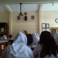 Photo taken at SMA Negeri 1 Malang by Afik F. on 7/24/2013