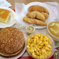 Photo taken at Chicken Supreme by Carmen C. on 10/26/2012