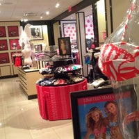 Photo taken at Victoria's Secret by Won Cheol Y. on 8/11/2013