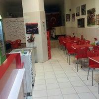 9/23/2016 tarihinde Süleyman Ö.ziyaretçi tarafından ÖZTÜRK CAFE FAST FOOD'de çekilen fotoğraf