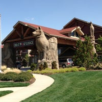 Photo taken at Great Wolf Lodge by Chuck N. on 4/12/2013