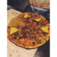 Снимок сделан в Meet-Point Pizzabar пользователем Velga I. 4/30/2018