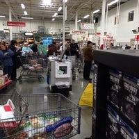 Photo taken at BJ's Wholesale Club by Glenn S. on 12/13/2013