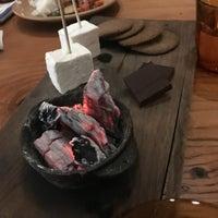 Foto scattata a Campfire da Shaw il 12/30/2017