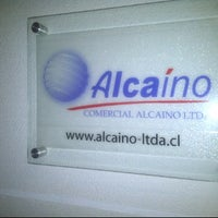 Photo taken at Comercial Alcaíno by Carolina E. on 10/31/2012