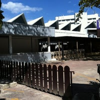 Photo taken at โรงอาหาร อาคารองค์การนักศึกษา (อมช.) by MARIO J. on 12/2/2012