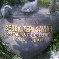 Photo taken at Bebek Tepi Sawah Restaurant & Villas by Fibri K. on 12/7/2012