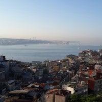 Photo taken at Alkoçlar Keban Otel by Moja T. on 6/18/2013
