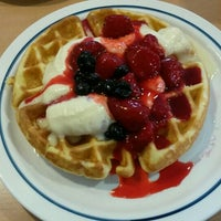 Photo taken at IHOP by Akjhia H. on 11/22/2015