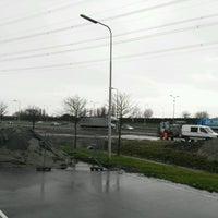 Photo taken at Verzorgingsplaats Peulwijk-Oost by Josep Quim A. on 2/27/2017