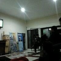 Photo taken at Fakultas Perikanan dan Ilmu Kelautan by Fikrur R. on 5/17/2013