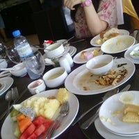 Photo taken at Chiangmai Grandview Hotel by Pampero V. on 1/16/2013