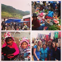 Foto tirada no(a) Pisac Market por Ashley B. em 2/4/2013