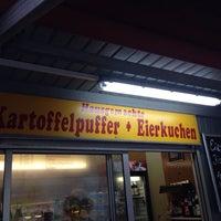 Das Foto wurde bei Pufferimbiss am Hermannplatz von Caspar Clemens M. am 10/8/2013 aufgenommen